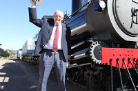Tim Fischer AC at Pichi Richi Railway's 40th anniversary celebrations, 10 August 2013 (Photo: Maikha Ly)